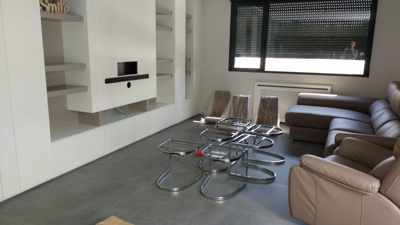 Salon_mueble tv con sillas antes de desmontadas jpg2